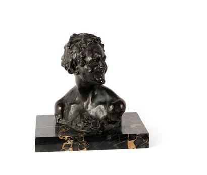 ALFREDO PINA (1883-1966) Buste de jeune satyre...