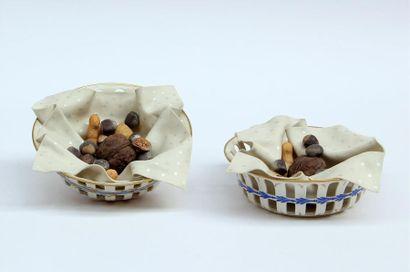 DIDIER GARDILLOU Deux TROMPE-L'OEIL en porcelaine...