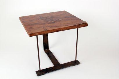 PIERRE CHAREAU (1883-1950) TABLE d'appoint,...