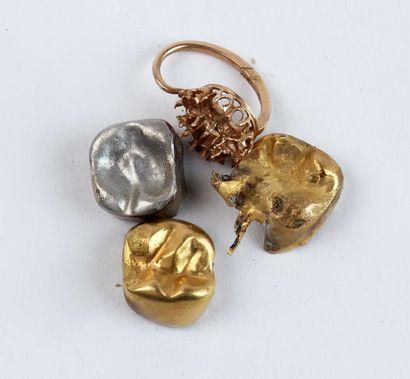 DÉBRIS or et dents en or et argent Poids...