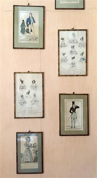 Huit GRAVURES de mode en couleurs (sous verre)....