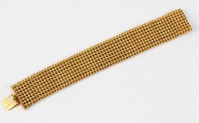 BRACELET ruban à mailles tressées en or 18k...