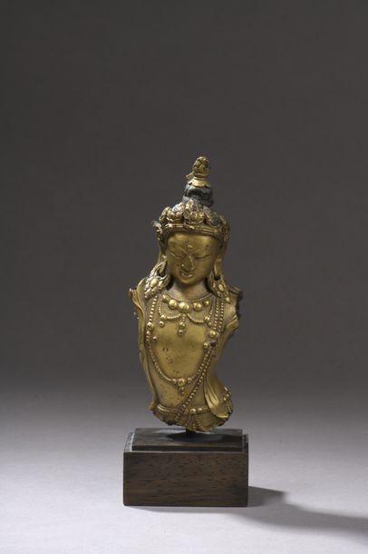 TIBET - XVIIIe siècle Buste de bouddha en...