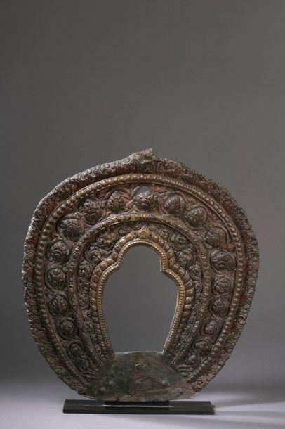 TIBET - XVIIIe siècle Mandorle en cuivre...