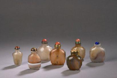 CHINE - XIXe siècle Ensemble de sept flacons...
