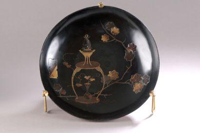 JAPON - Époque EDO (1603-1868) Grande coupe...