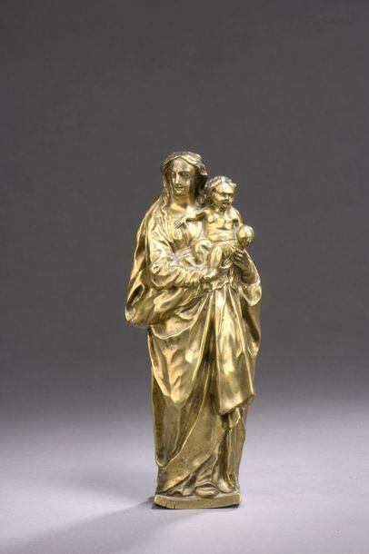 VIERGE à l'Enfant en bronze, fonte creuse...
