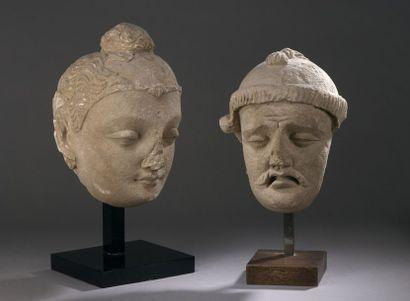 INDE - GANDHARA, art gréco-bouddhique, IIe/IVe siècle Tête de bouddha en stuc, les...