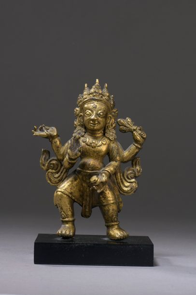 NÉPAL - XVIIe siècle Statuette en bronze...