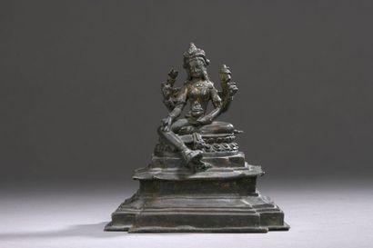 NÉPAL - XVIIe siècle Statuette de Vasudhara...