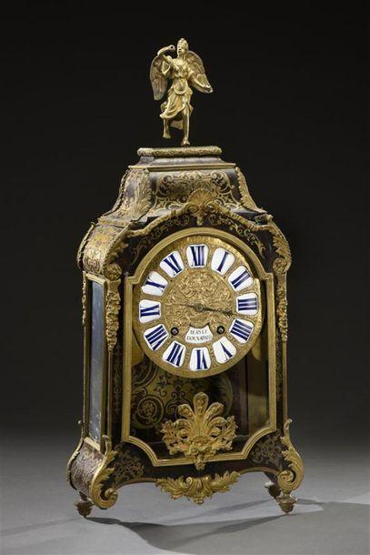Cartel en marqueterie Boulle, le faîte orné d'une Victoire en bronze doré comme...