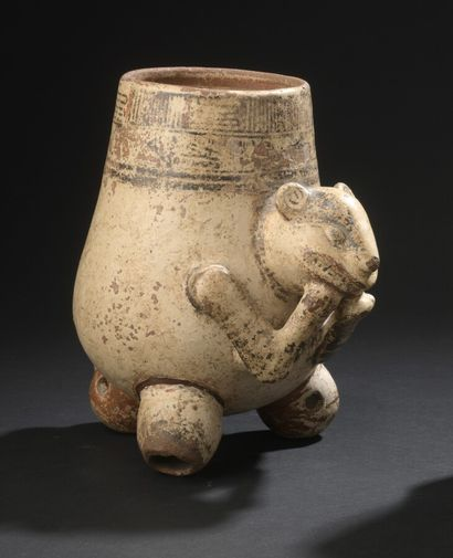 Vase tripode zoomorphe  Culture Guanacaste, région de Nicoya, frontière Nicaragua/Costa...