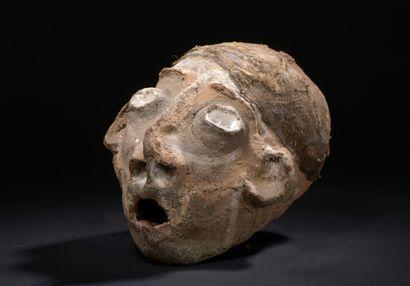 Crâne céphalomorphe, Île de Malekula, Vanuatu  Résine végétale, pigments, fibres,...