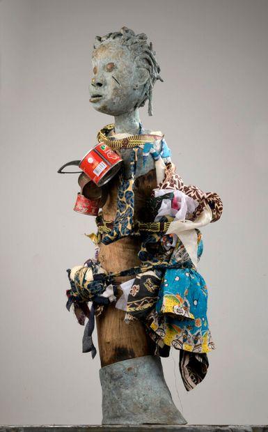Boukaré BONKOUNGOU, né en 1978 - Burkina Faso  Le marcheur, 2016  Sculpture en bronze...