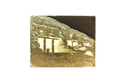 FELIX BONFILS GROTTES DE BENI-HASSAN MEMPHIS BASSE EGYPTE 1867-1875  Négatif au collodion...
