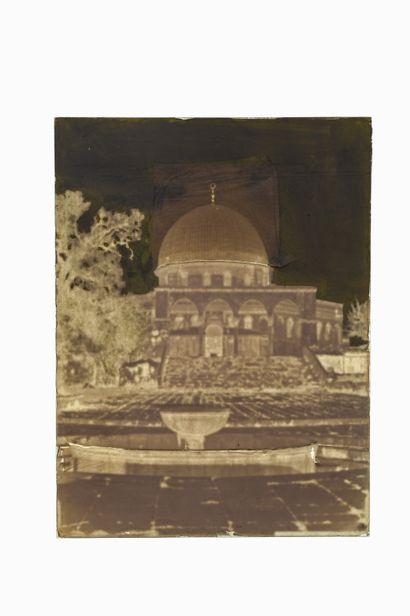 FELIX BONFILS JERUSALEM, MOSQUEE D'OMAR AVEC BASSINS. 1867-1875  Négatif au collodion...