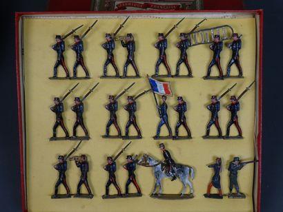 """Neuf coffrets collection Soldats CBG série n°219 dont séries """"Hindous au feu"""" ,Turcos..."""