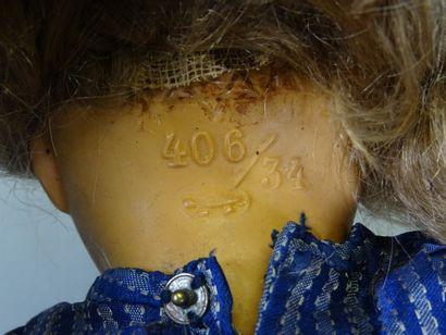 Poupée marque à la tortue 406/34 Schildkrot, tête en celluloïd, perruque ancienne...