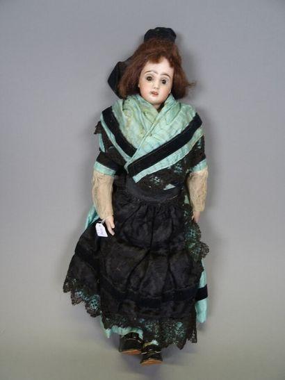 Belle poupée de mode ancienne Jumeau t. 1,...