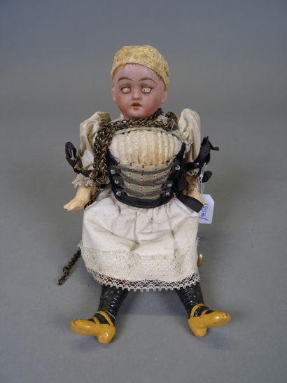 Petite poupée mignonette allemande tête en...
