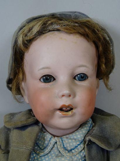 Bébé caractère SFBJ 251 PARIS, taille 11, tête biscuit, yeux en verre bleu dormeurs,...