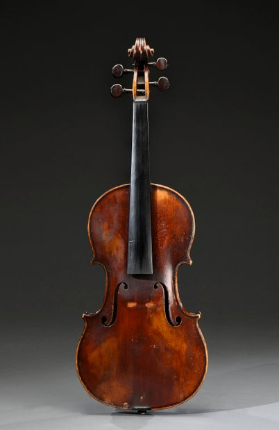 Beau violon de l'école parisienne du début...