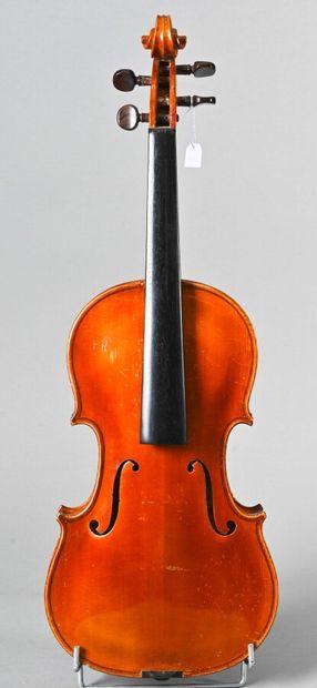 Violon de l'atelier d'Emile Pouzol vers 1920,...