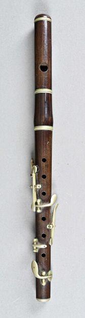Flûte piccolo anonyme en joli palissandre...