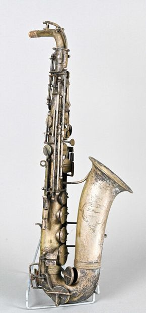 Saxophone alto L.PAGES à Alger, vers 1930,...