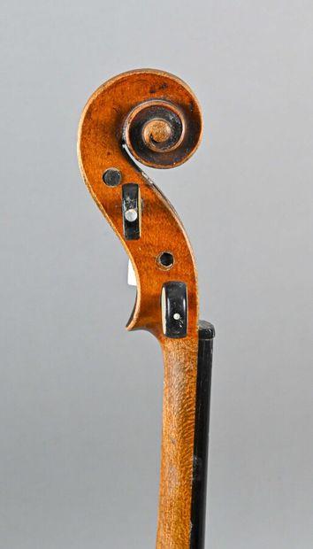 Violon portant étiquette Klotz époque 1900, enture de tête. Fond, éclisses, manche...
