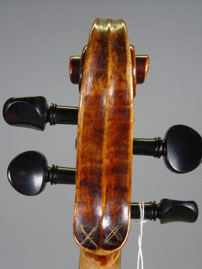 Violon portant étiquette Barabas Melchior année 1916, fait à Kronstadt en Allemgane....