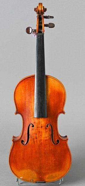 Violon portant étiquette Stradivarius 1725, fait à Mirecourt deuxième moitié du...