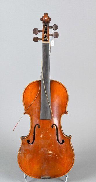 Violon français fait à Mirecourt vers 1930,...