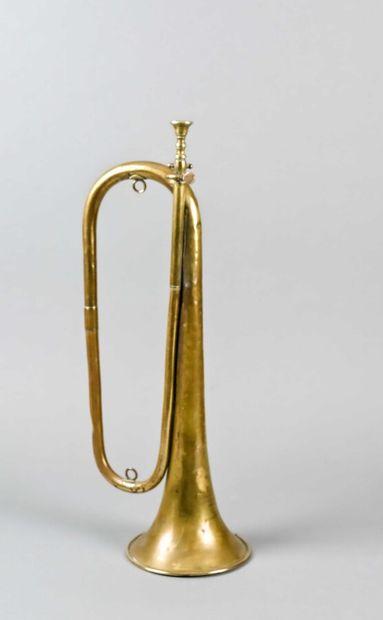 Clairon en laiton avec son embouchure, de...