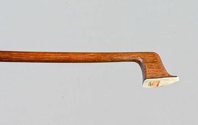 Archet de violon de manufacture, signé Lupot,...