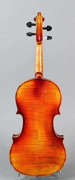 German violin by Hopf, year 1976, with the label. Two-piece back 358 mm. Good condition...