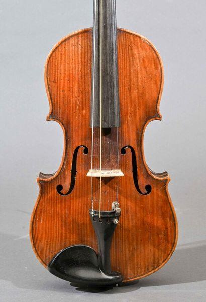 Violon allemand fait vers 1900, portant une...
