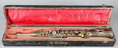 Saxophone soprano Couesnon, année 1904  A...