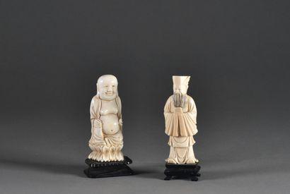 CHINE - Vers 1900  Hotei et dignitaire, deux...