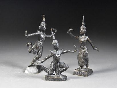 THAILANDE - Vers 1900  Groupe de trois danseurs...