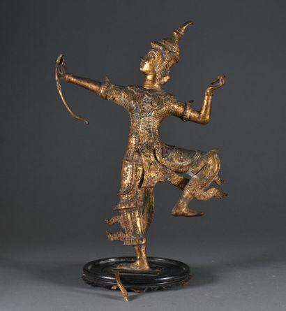 BIRMANIE - Vers 1900  Danseur à l'arc, beau...