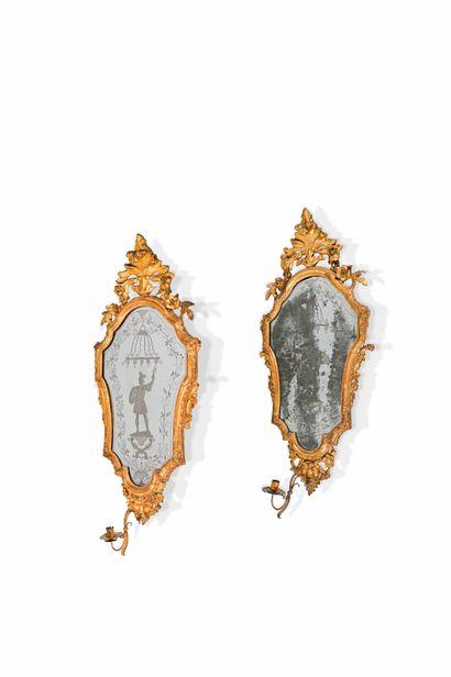Paire de miroirs porte-lumière