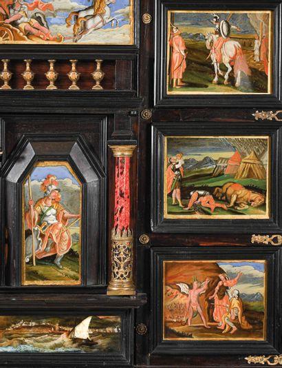 GRAND CABINET à panneaux de verre peint et doré, palissandre et bois noirci, la façade...