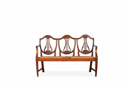 Suite de dix chaises et un canapé