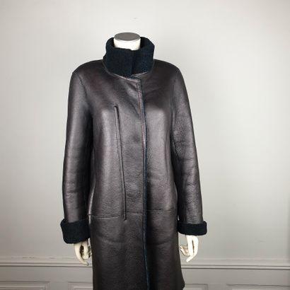 GERARD DAREL  Manteau 7/8 en peau lainée...