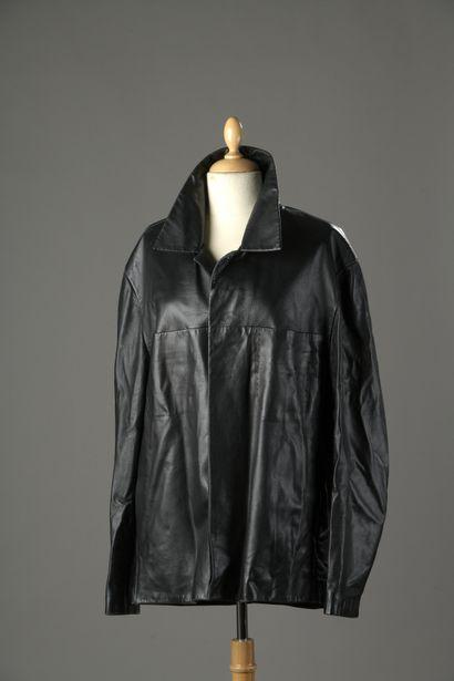 HERMES  Veste 3/4 en cuir noir à lignes perforées,...