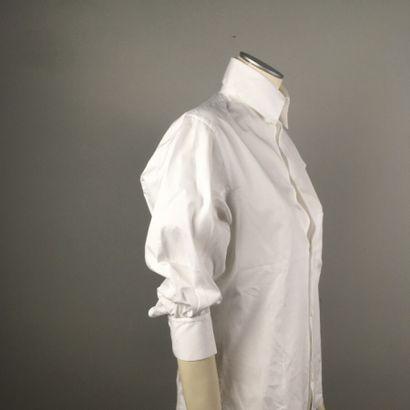 Y'S. n°YW-B02-001  Chemise en coton blanc,...
