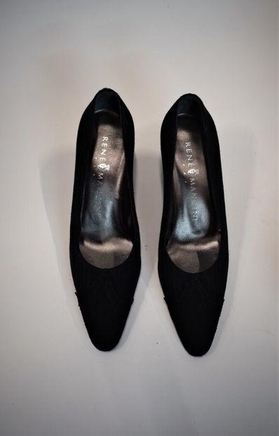 GIVENCHY Haute Couture n°85914, René MANCINI  Robe en jersey noir à motif rayé en...