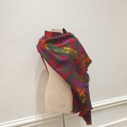 KENZO  Lot comprenant une écharpe à motif...