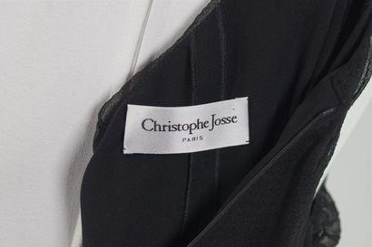 CHRISTOPHE JOSSE  Robe courte en mousseline gaufré noire à effet de rayures en ton...